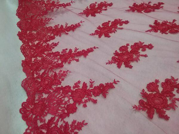 Tul bordado rojo  35€/metro